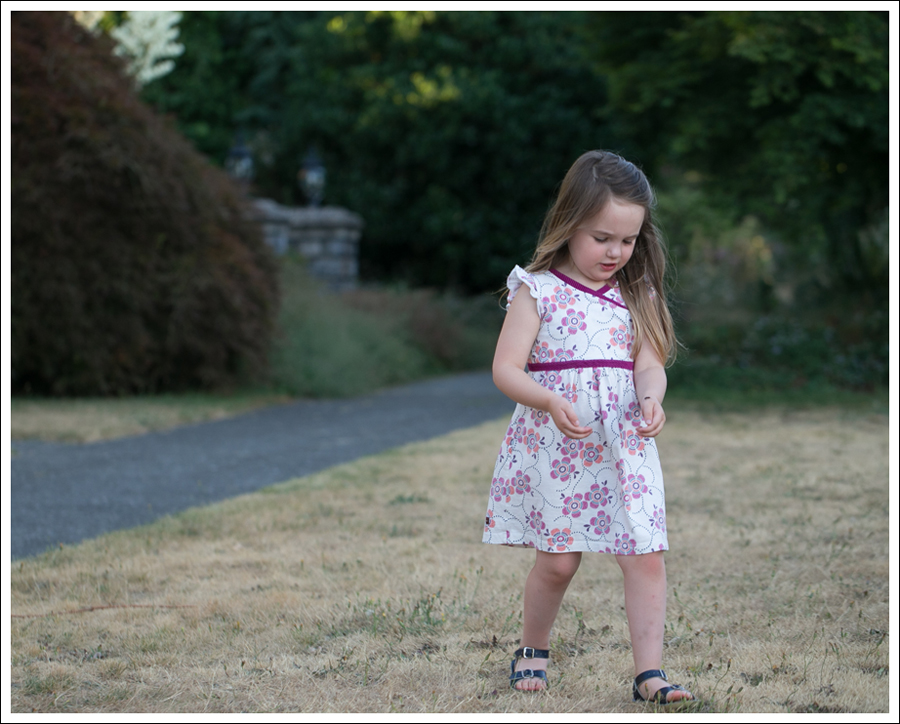 Blog Tea Collection Wrap Neck Mini Dress Navy Saltwater Sun San Sandals-2