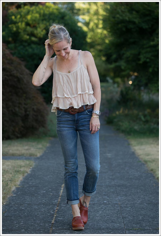 Blog Zara Tiered Crop Top Vintage Belt 7FAM Girls Slimmy Vintage Clogs-2