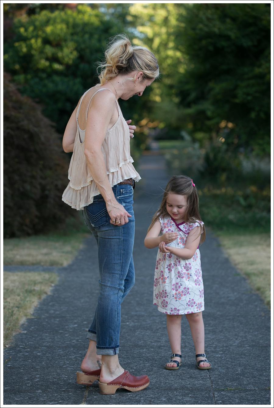 Blog Zara Tiered Crop Top Vintage Belt 7FAM Girls Slimmy Vintage Clogs-6