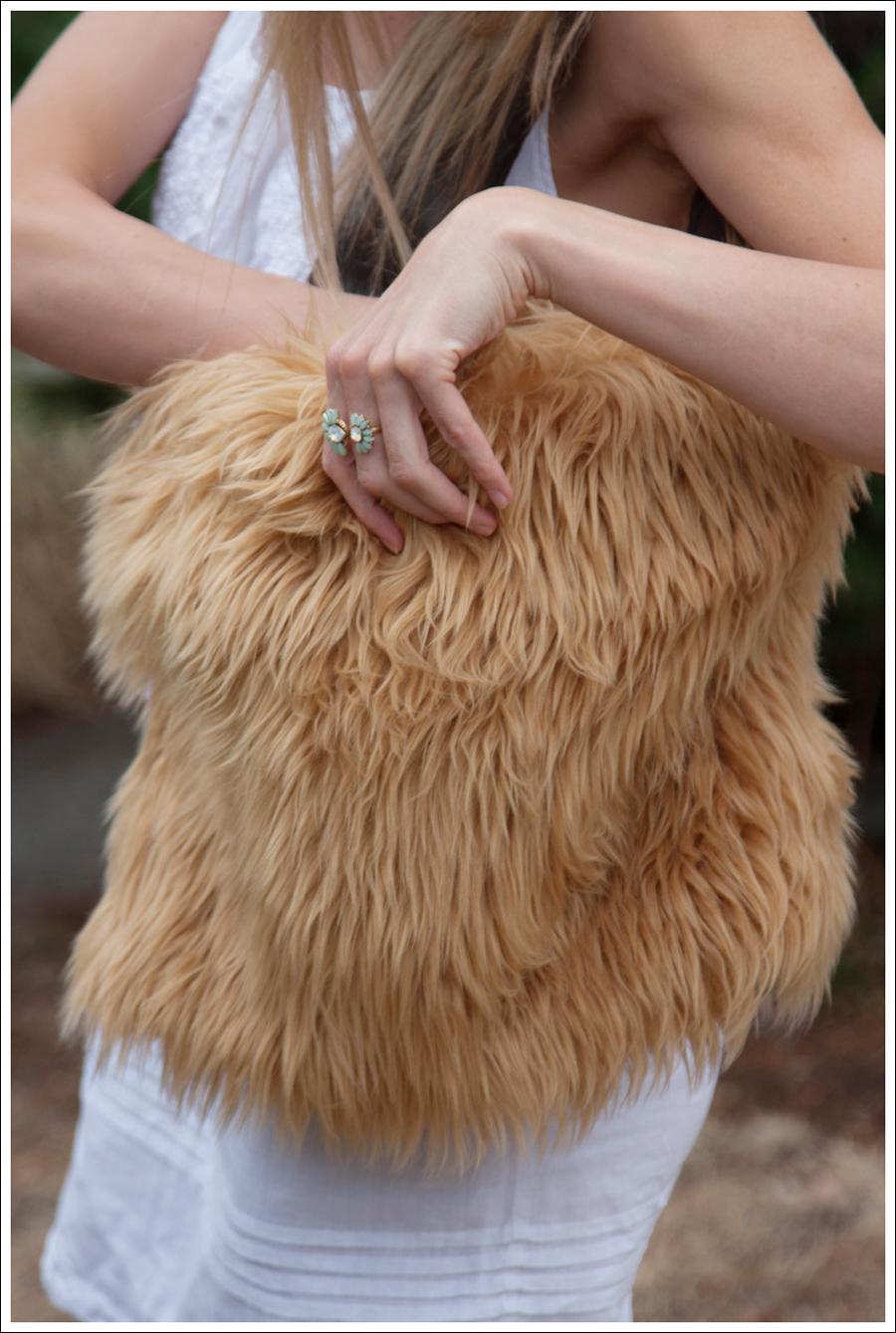 Blog DIY Lion Faux Fur Tote Bag-5