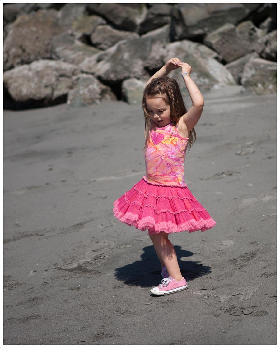 Blog Oh La La Couture Heart Tutu Dress Pink Converse-6
