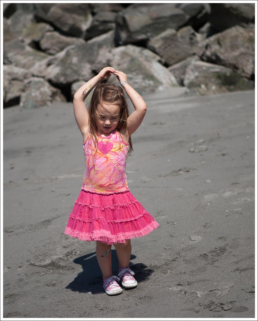 Blog Oh La La Couture Heart Tutu Dress Pink Converse-7