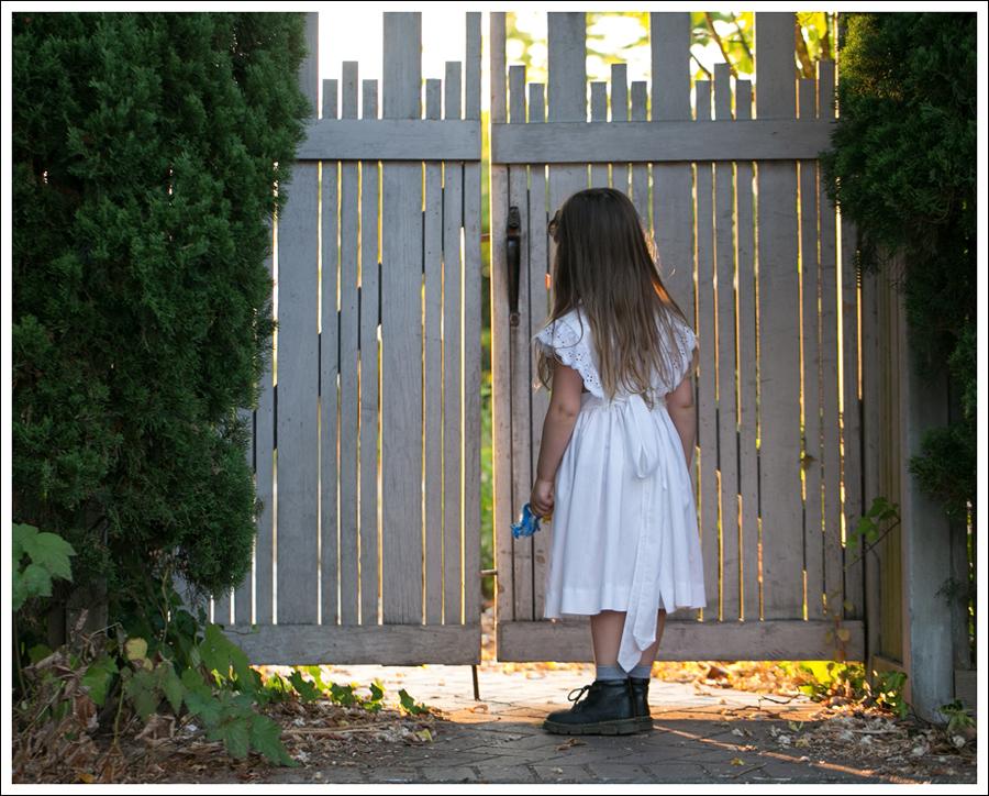 Blog Vintage White Apron Dress Dr Marten Lace Up Boots-2
