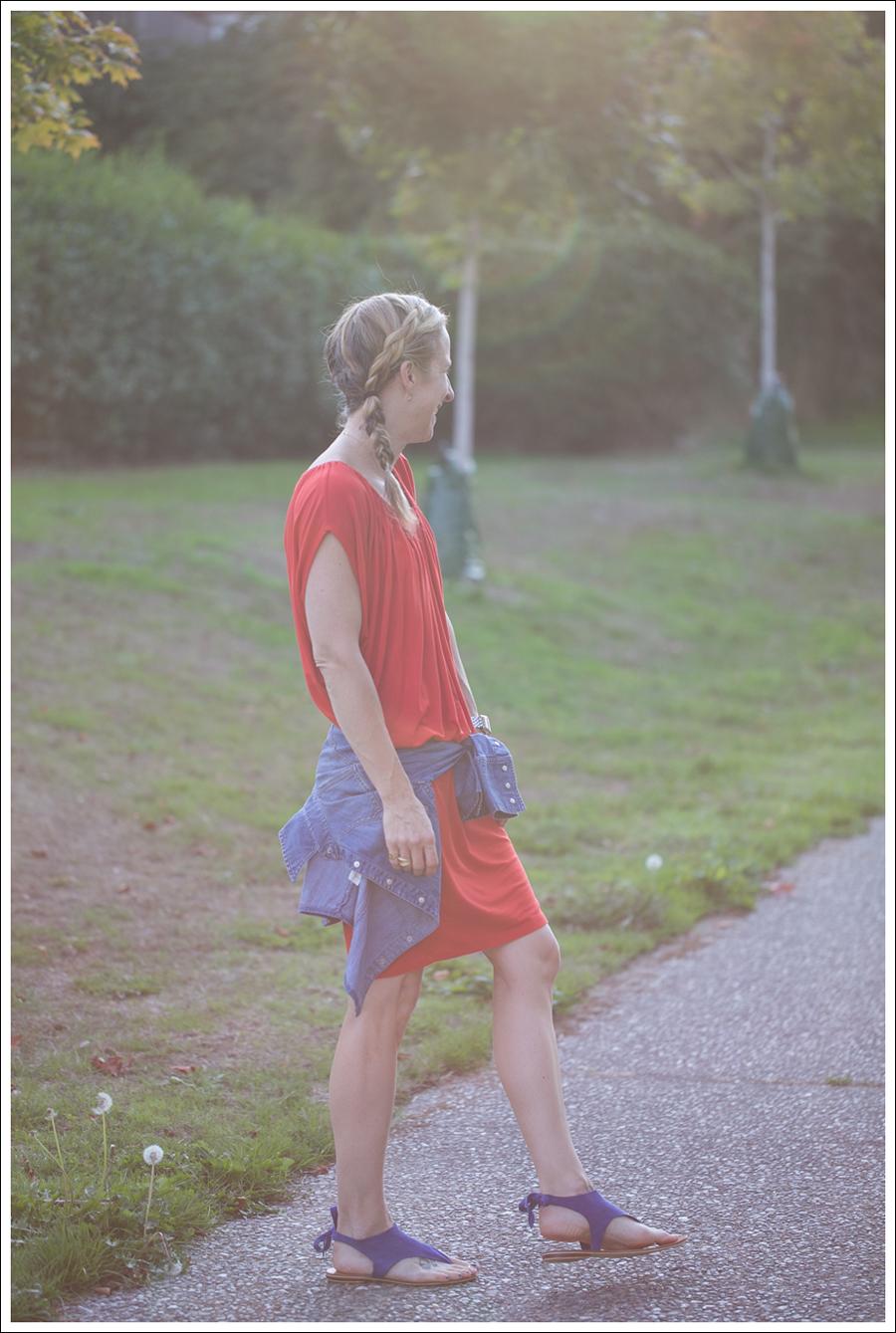 Blog Cynthia Vincent Red Tee Dress Gap Denim Shirt Cocobelle Suede Tie Thong Sandals-2