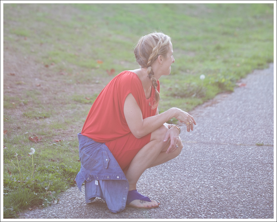 Blog Cynthia Vincent Red Tee Dress Gap Denim Shirt Cocobelle Suede Tie Thong Sandals-3