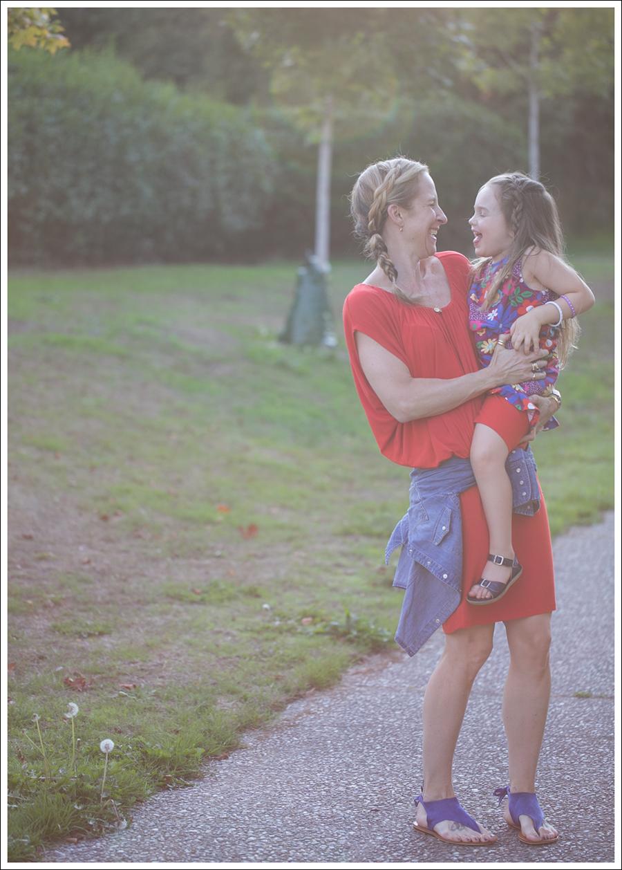 Blog Cynthia Vincent Red Tee Dress Gap Denim Shirt Cocobelle Suede Tie Thong Sandals-6
