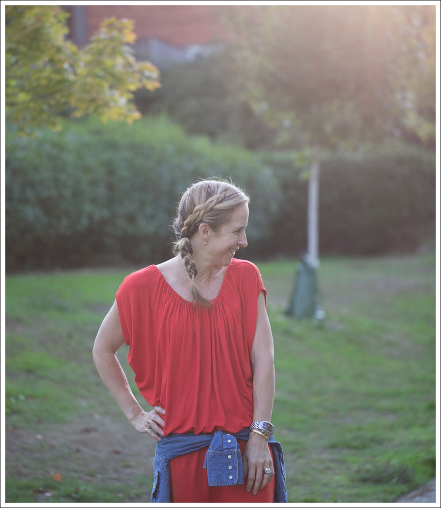 Blog Cynthia Vincent Red Tee Dress Gap Denim Shirt Cocobelle Suede Tie Thong Sandals-8