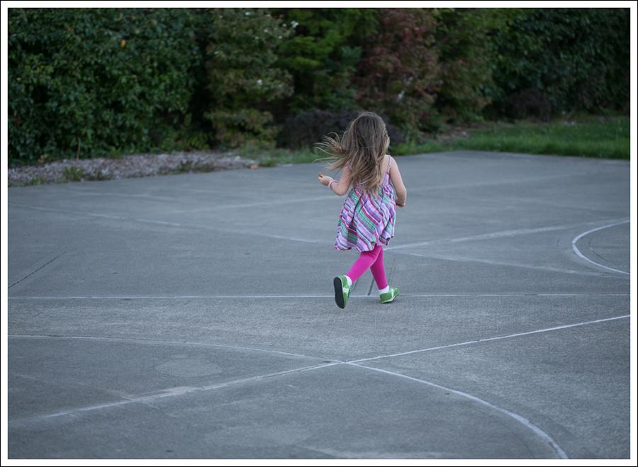 Blog Garnet Hill Striped Dress Hanna Andersson Leggings Saucony Sneakers-4