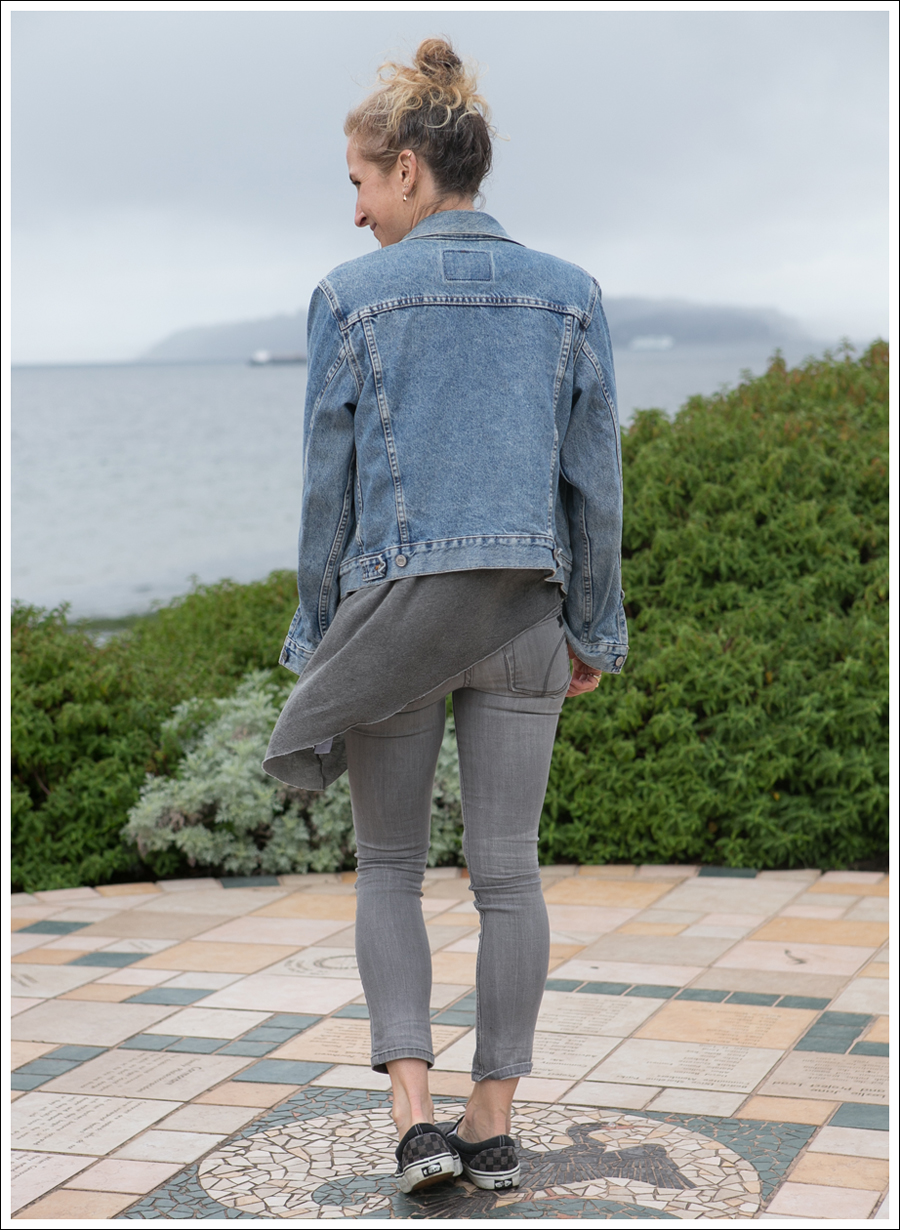 Blog Levis Jacket helmut lang asymmetrical tee Joes Jeans Jeggings Checkered Vans-3