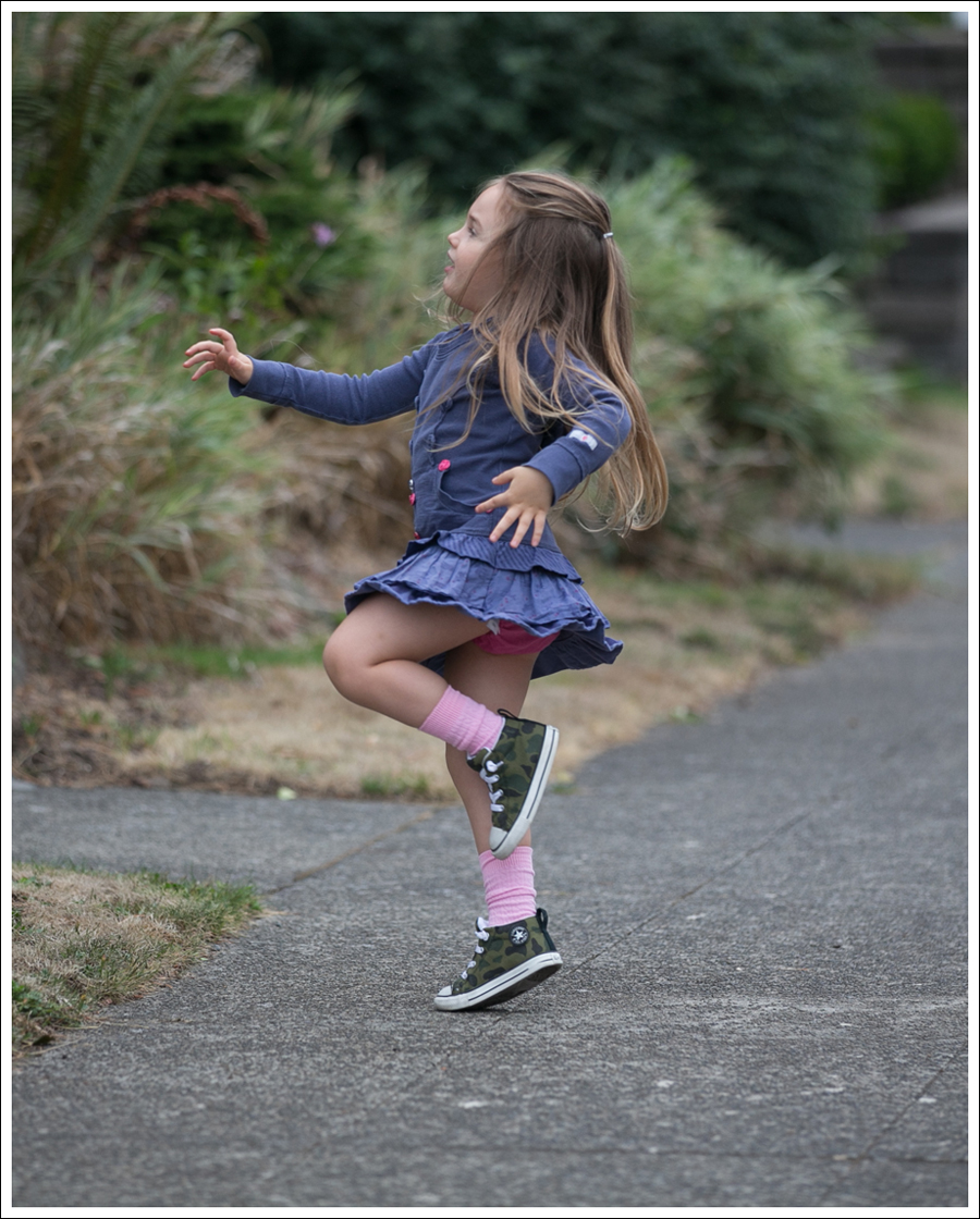 Blog Naartjie Hooded Twirl Dress Camo Converse High Tops-7