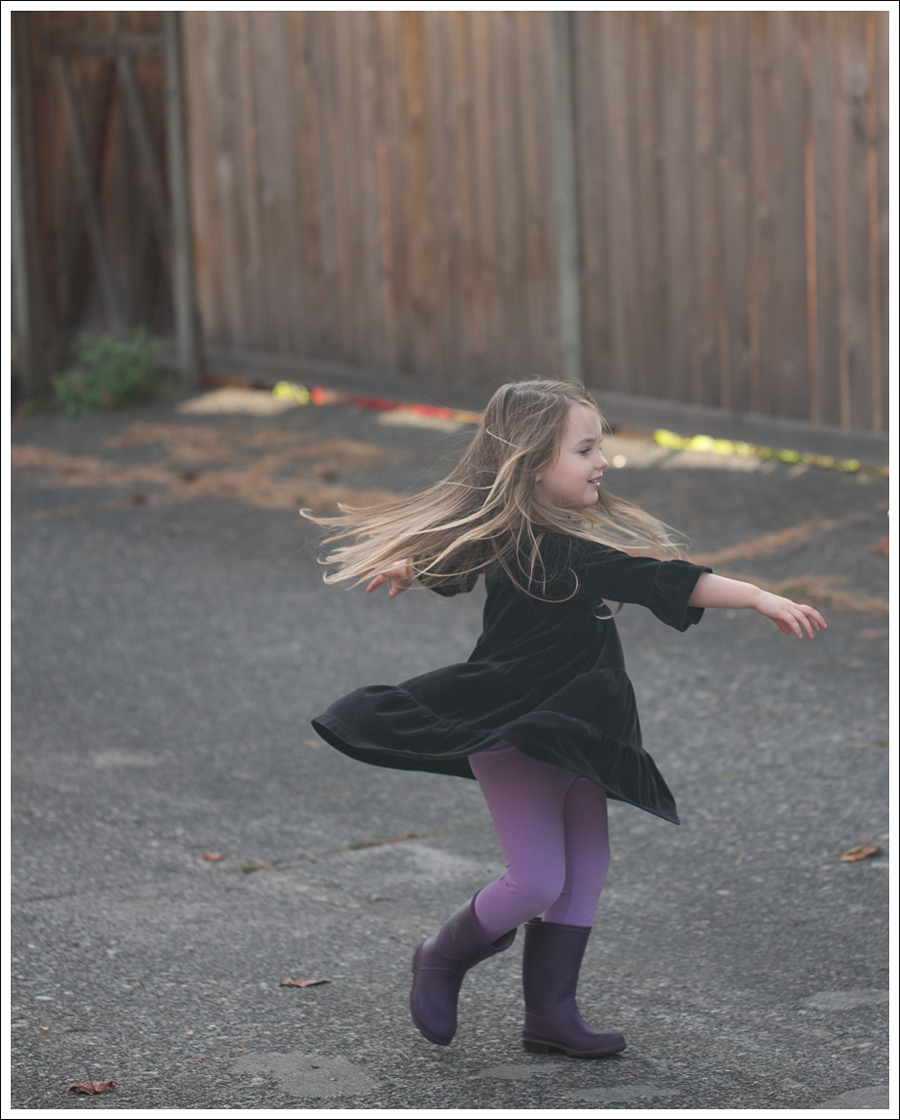 Blog Hanna Andersson Black Velour Twirl Dress Purple Leggings Kamik Rain Boots-2