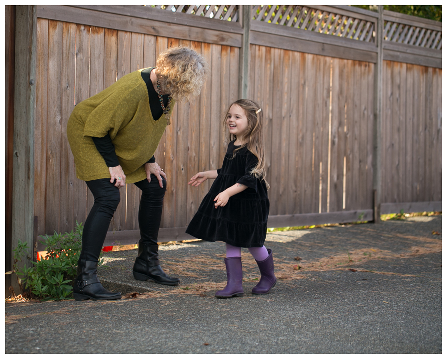 Blog Hanna Andersson Black Velour Twirl Dress Purple Leggings Kamik Rain Boots-4