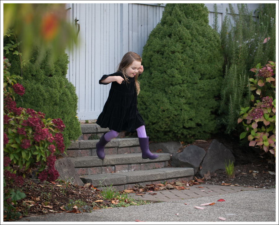 Blog Hanna Andersson Black Velour Twirl Dress Purple Leggings Kamik Rain Boots-7