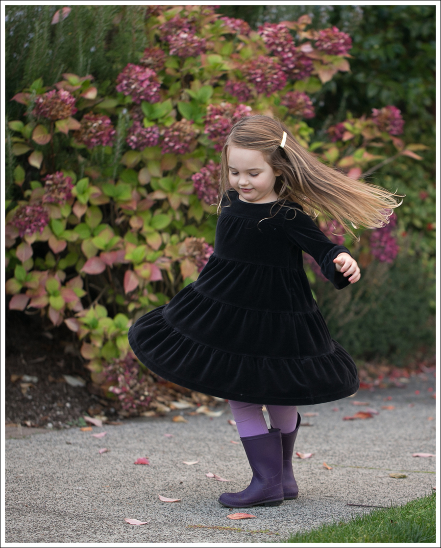 Blog Hanna Andersson Black Velour Twirl Dress Purple Leggings Kamik Rain Boots-8