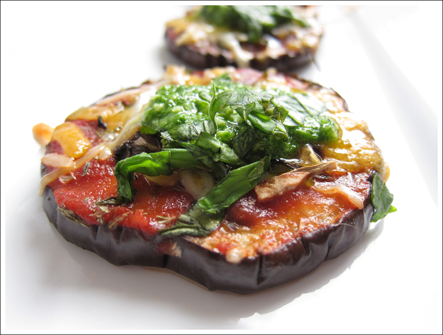 eggplant pesto pizza blog (3)