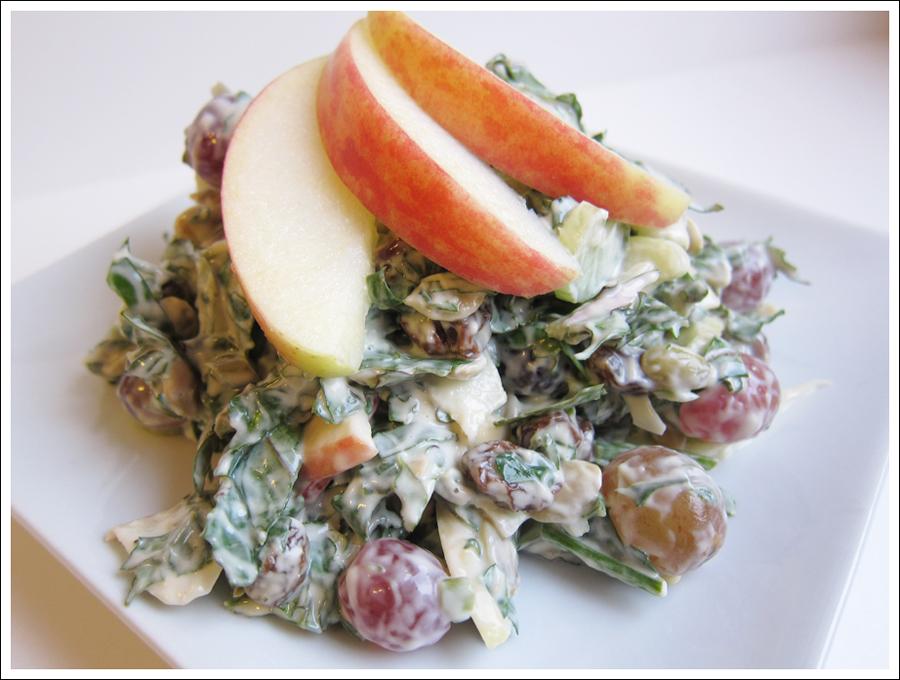kale waldorf salad blog (1)