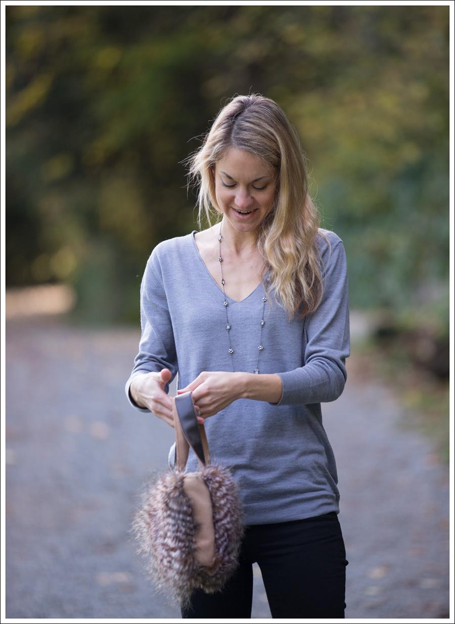 Blog DIY Faux Fur Leather Purse-4