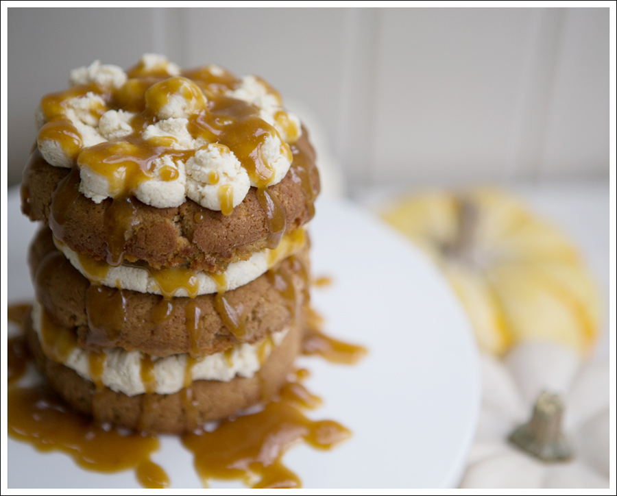 Blog Paleo Pumpkin Cake with Maple Pumpkin Frosting and Caramel Glaze-1