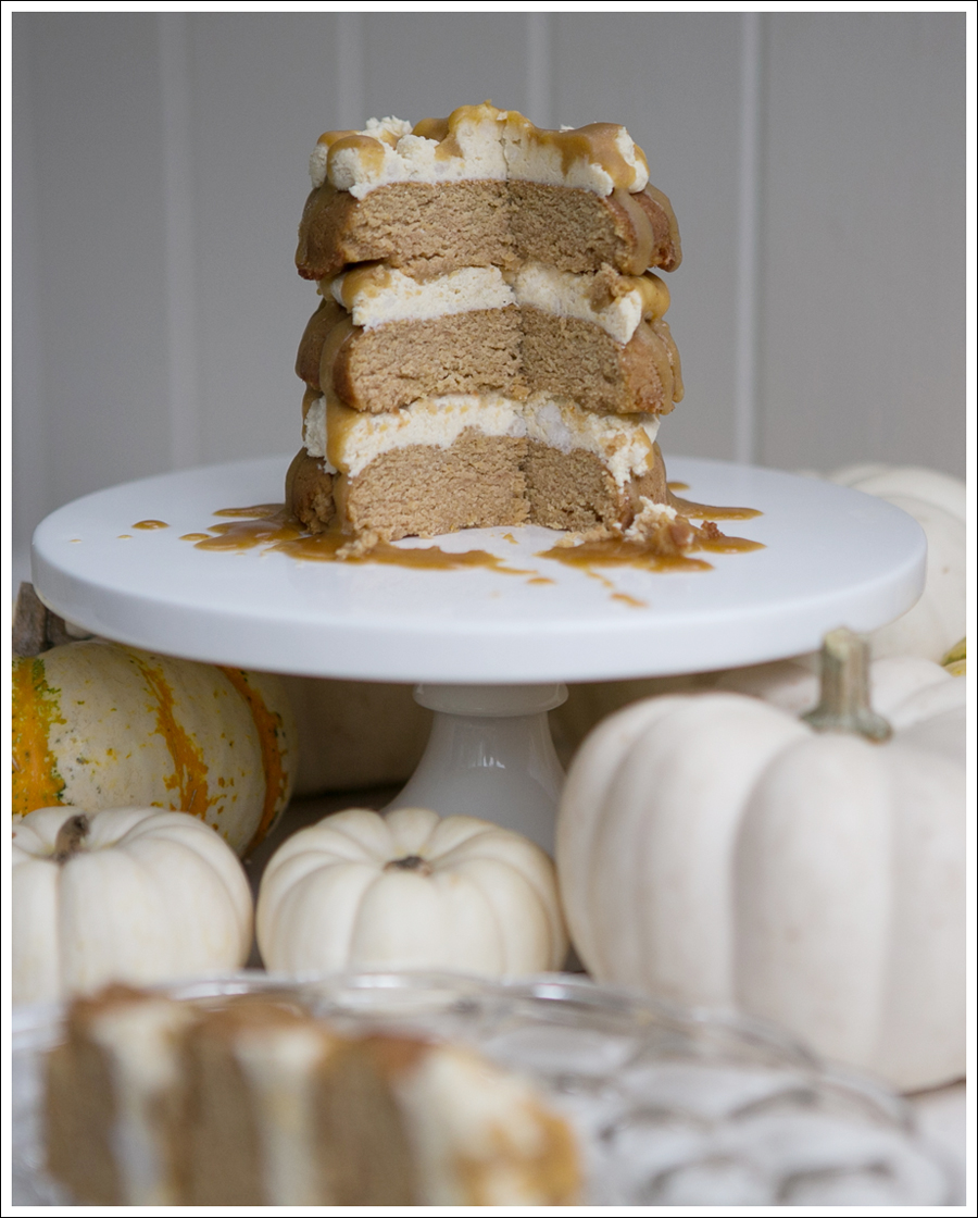 Blog Paleo Pumpkin Cake with Maple Pumpkin Frosting and Caramel Glaze-6