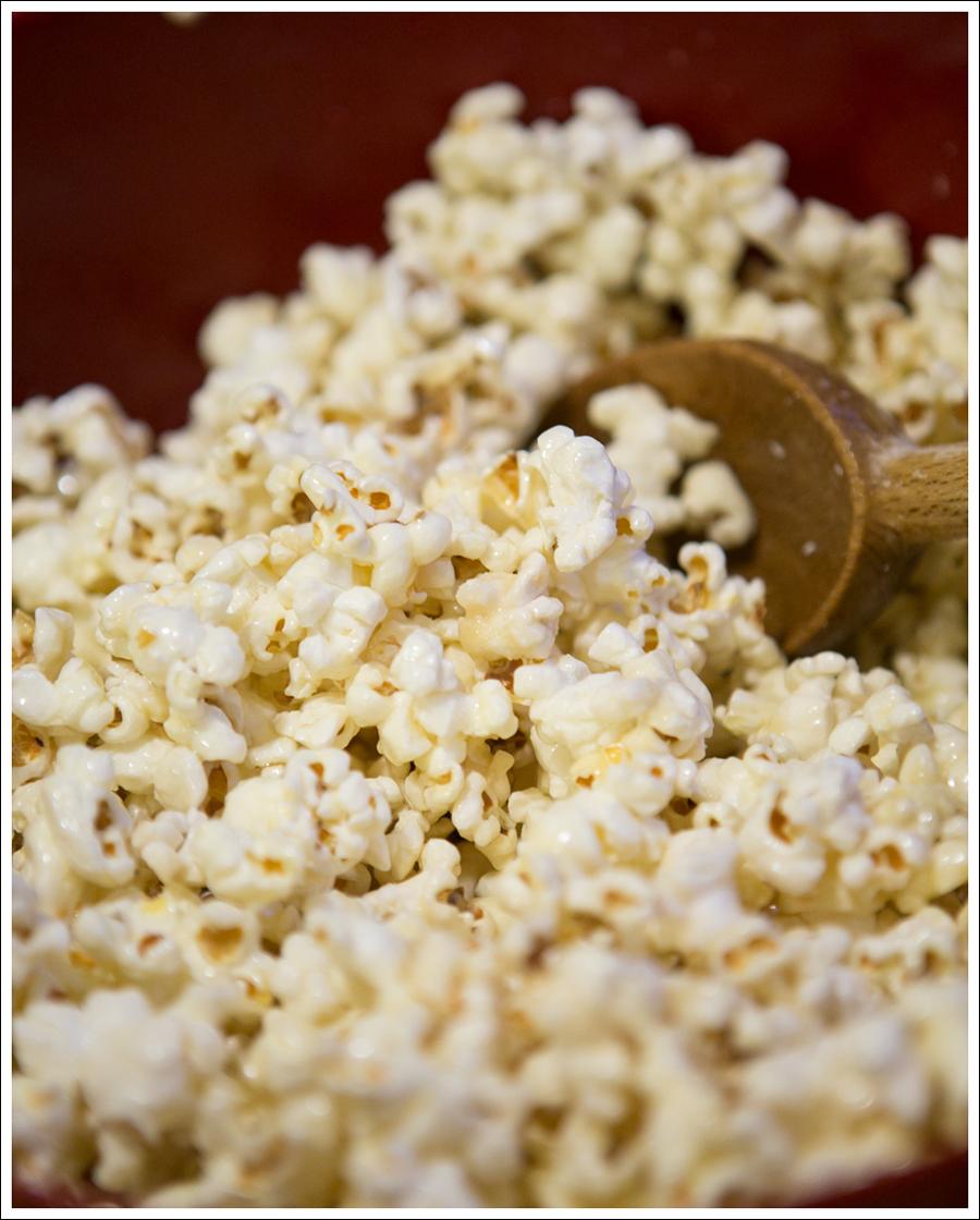 Blog Paleo Healthy Popcorn Balls-2