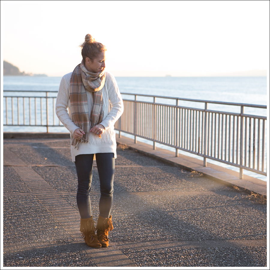 Blog Plaid Blanket Scarf Zara Sweater J Brand Skinny Minnetonka Booties-1