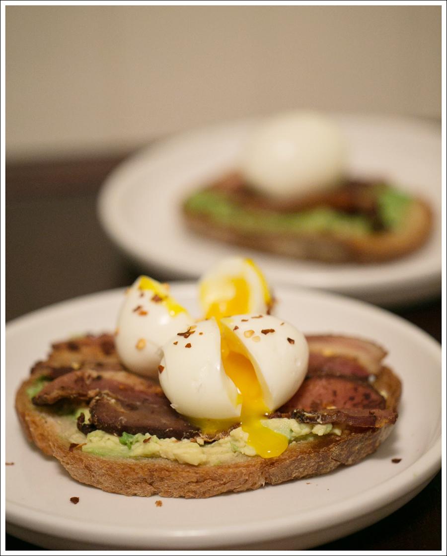 Blog Soft Boiled Egg Bacon on Avocado Toast-1