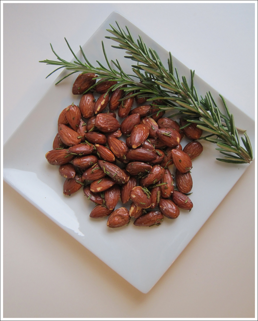 rosemary almonds blog (1)