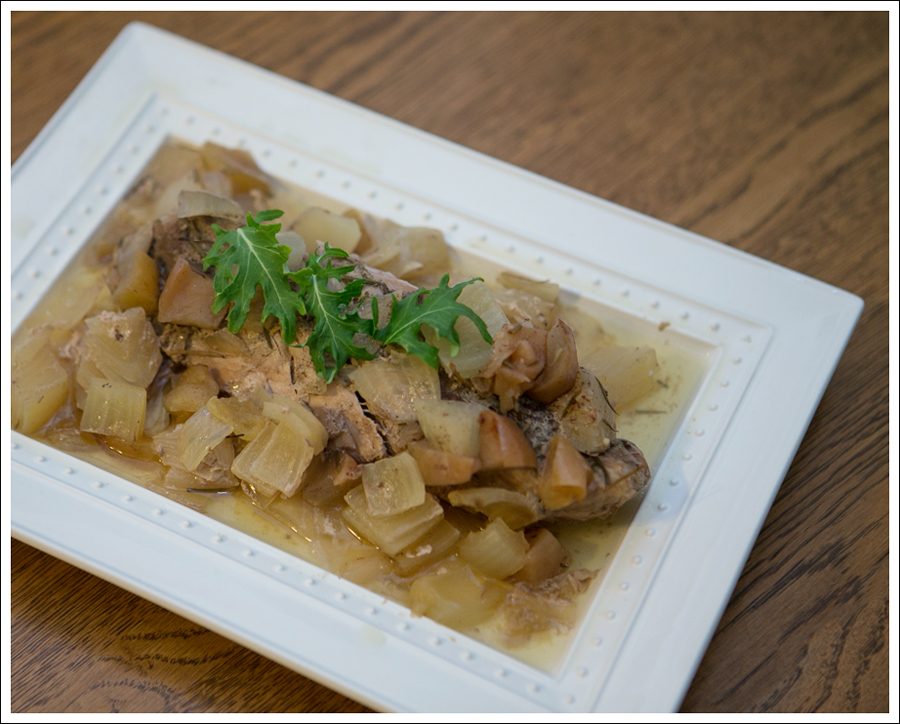 Blog Paleo Whole30 Crock Pot Rosemary Pork Loin Apples Onions-2