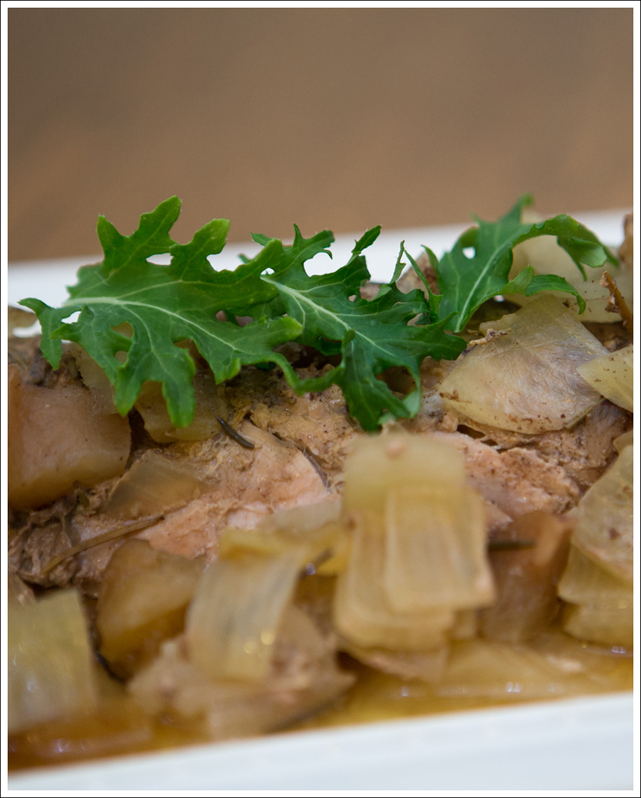 Blog Paleo Whole30 Crock Pot Rosemary Pork Loin Apples Onions-3