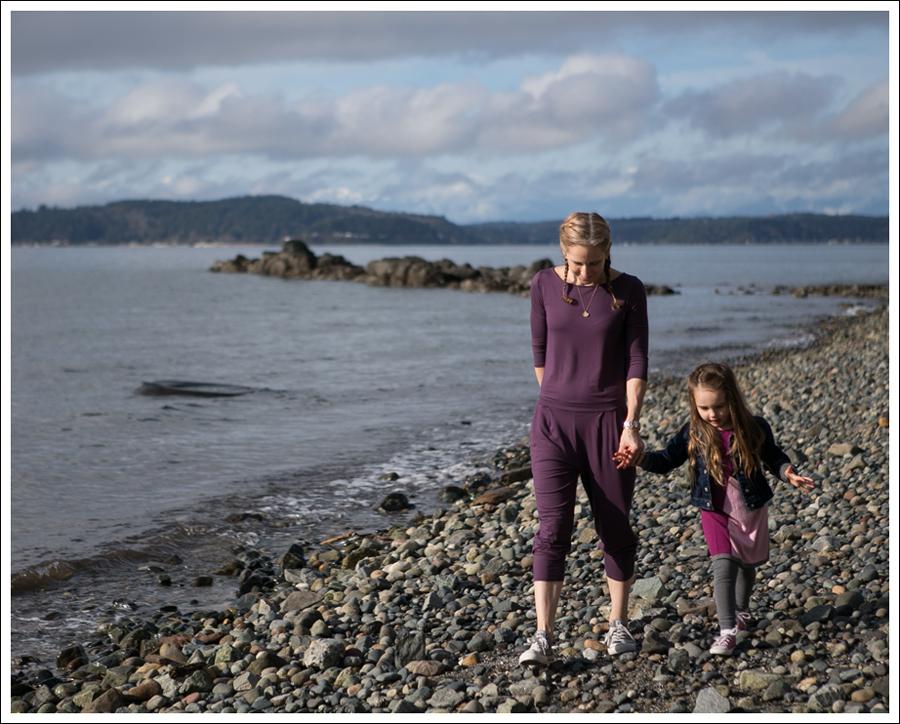 Blog Three Dots Boat Neck Jumpsuit Gray Converse-8