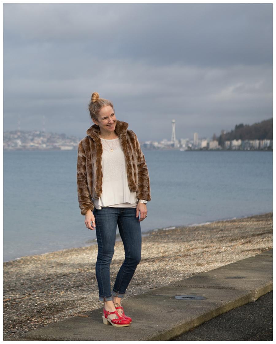 Blog Vintage Faux Fur Jacket DL1961 Harper Sven Red Lacy Clogs-1