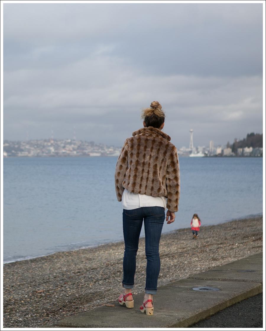 Blog Vintage Faux Fur Jacket DL1961 Harper Sven Red Lacy Clogs-3