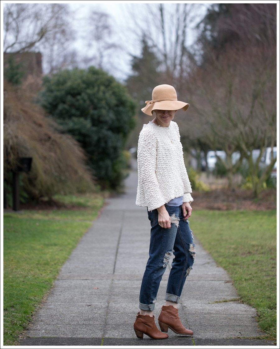 Blog Vintage Felt Hat Free People Sweater One Teaspoon Tiger Awesome Baggies Sam Edelman Booties-1