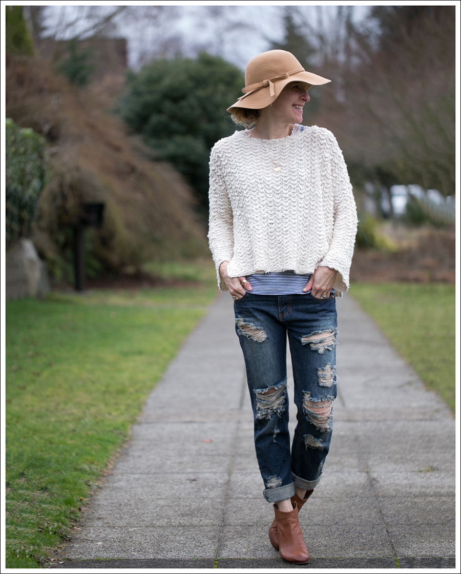 Blog Vintage Felt Hat Free People Sweater One Teaspoon Tiger Awesome Baggies Sam Edelman Booties-3