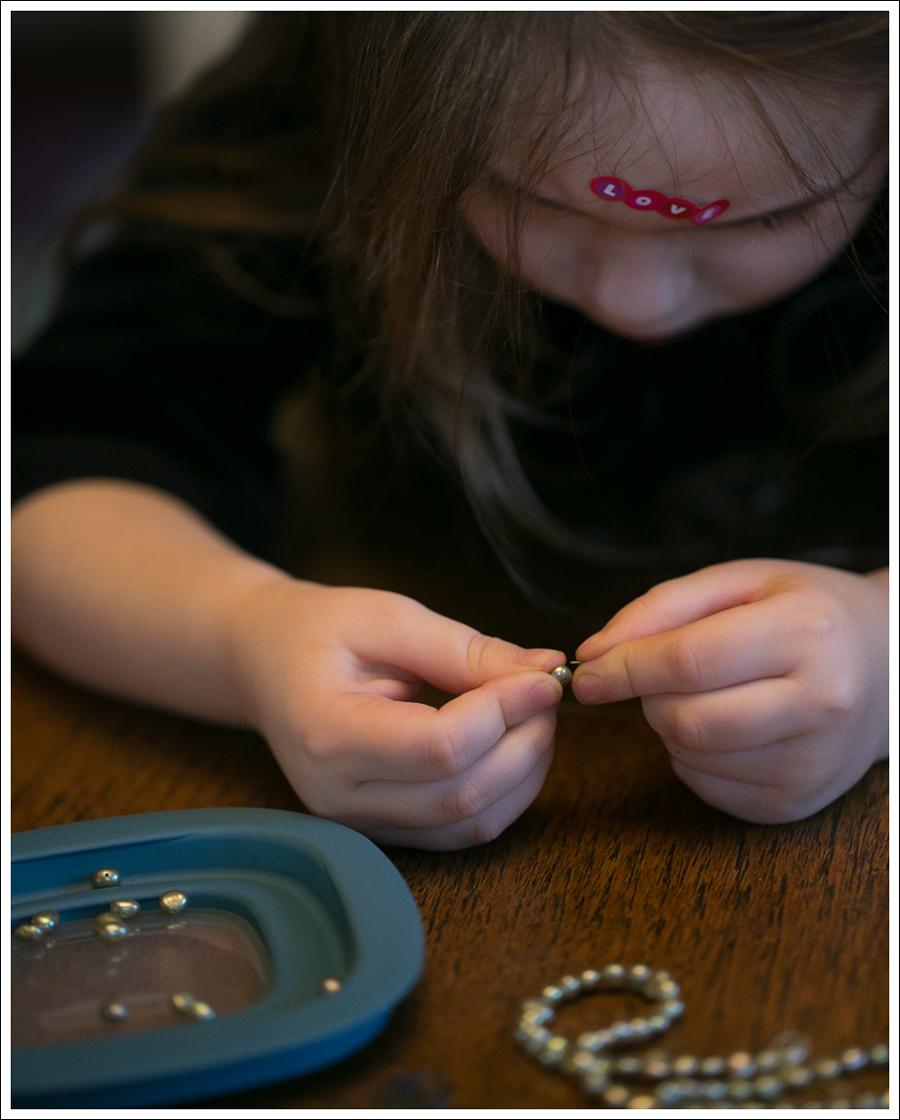 Blog DIY Toddler Beaded Bracelet-2