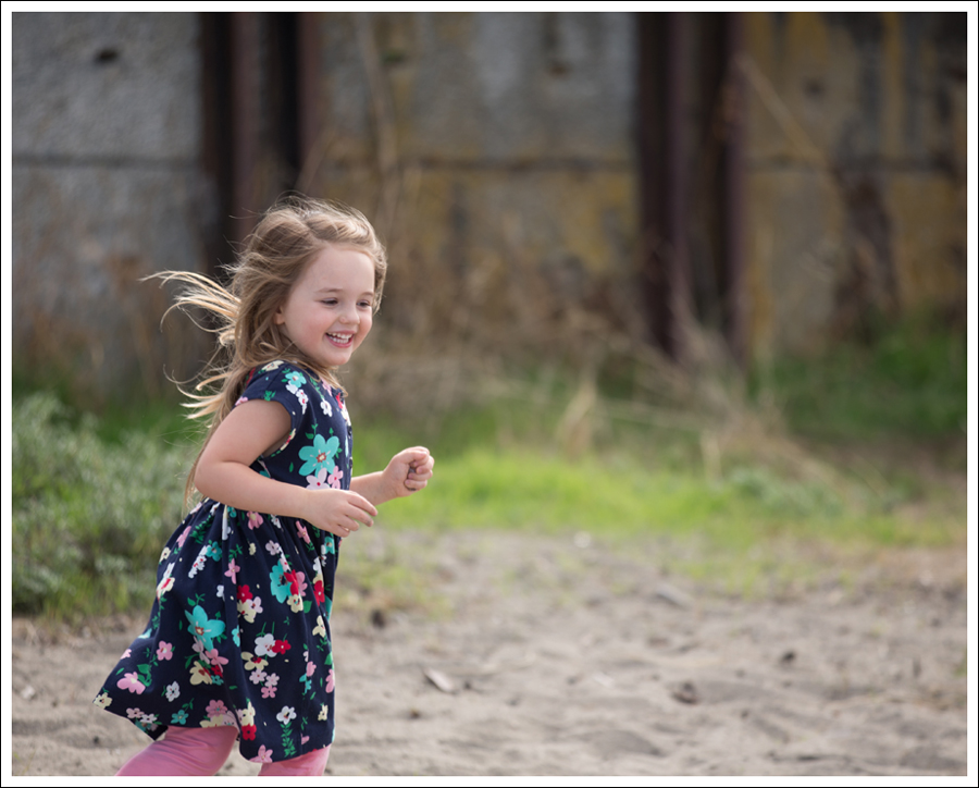 Blog Hanna Andersson Forever Play Dress Navy Floral-5