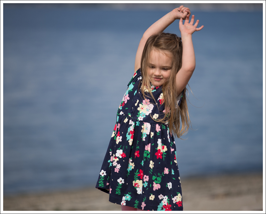 Blog Hanna Andersson Forever Play Dress Navy Floral-6