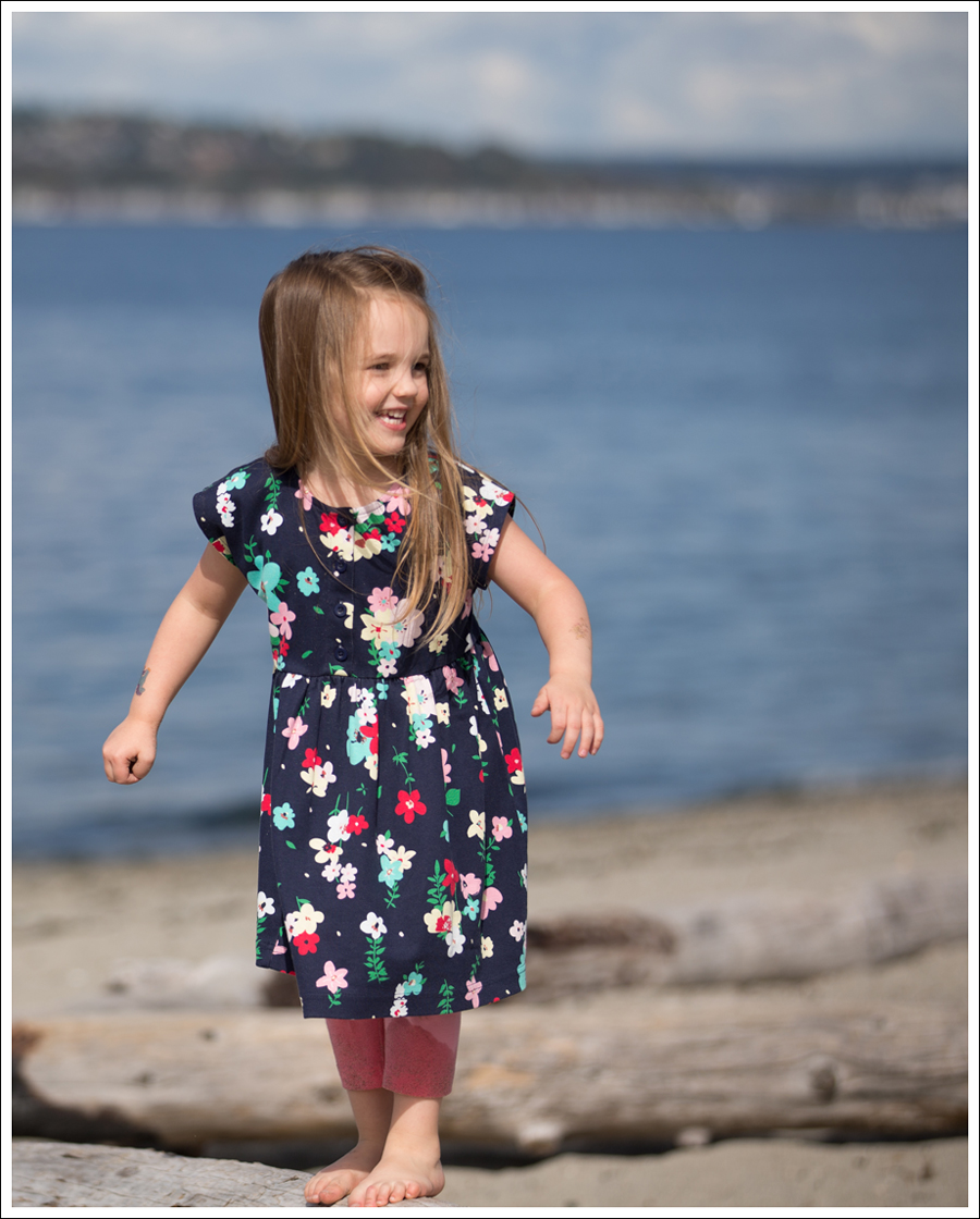 Blog Hanna Andersson Forever Play Dress Navy Floral-7