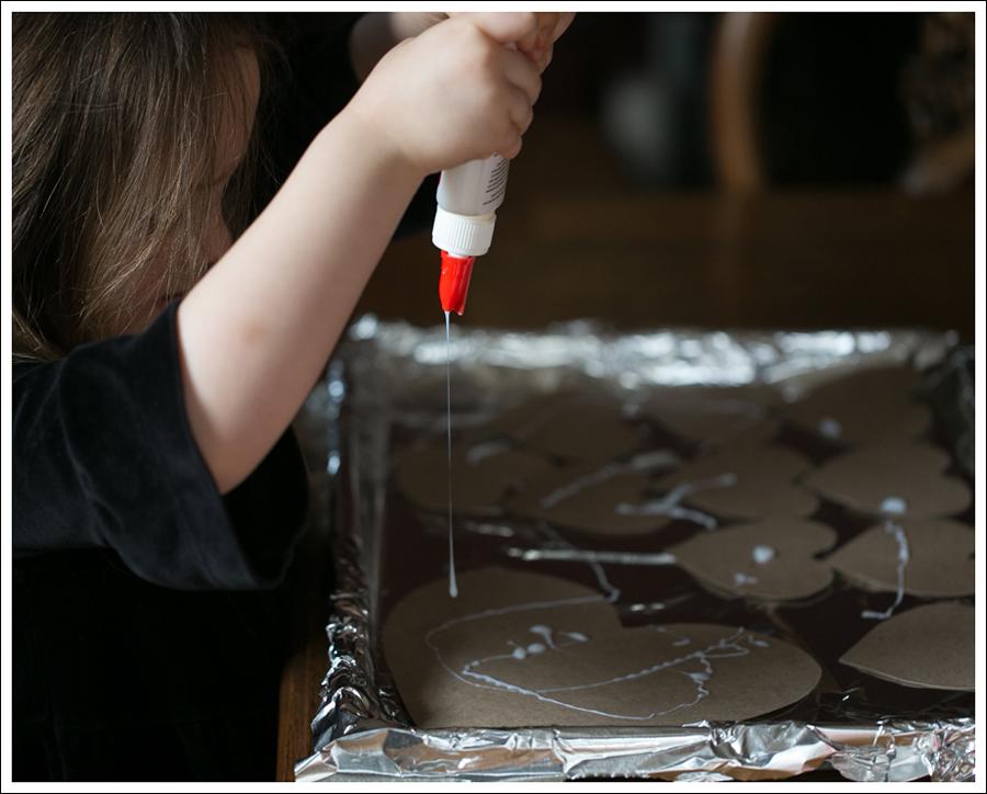 Blog Non Candy Preschool Valentine Bags DIY Glitter Heart Card-7