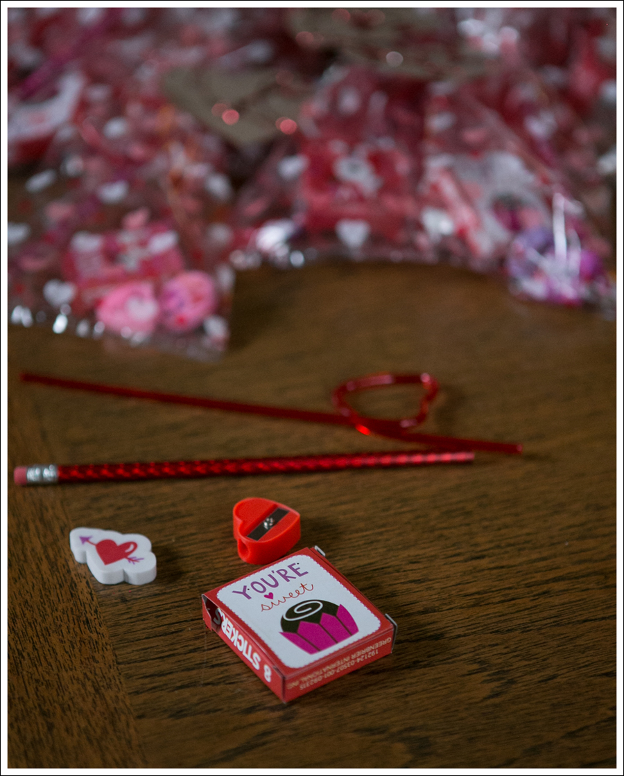 Blog Non Candy Preschool Valentine Bags DIY Glitter Heart Card