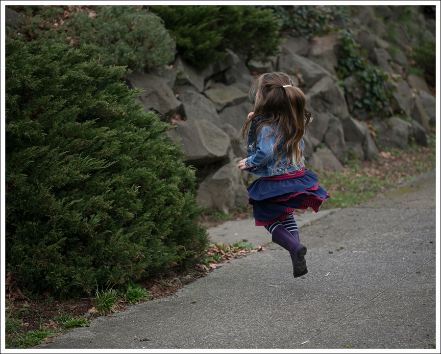Blog Toddler Levis Jacket Hanna Andersson Tiered Dress Kamik Rain Boots-2