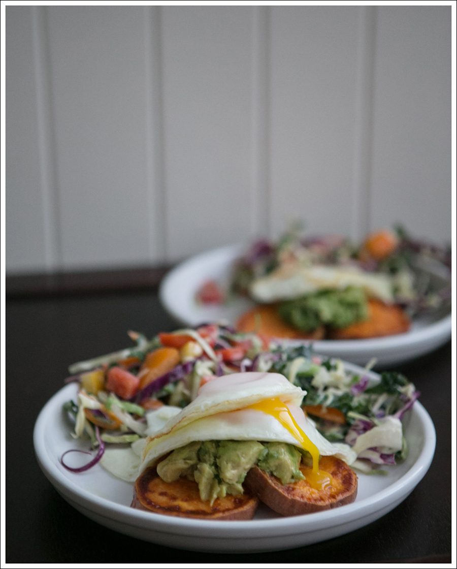 Blog Whole 30 Avocado Sweet Potato Toast Fried Egg-1