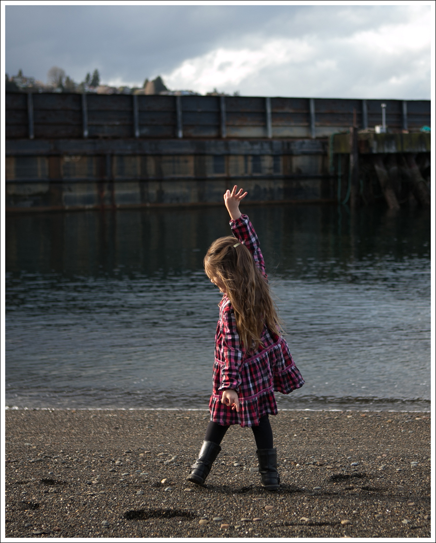 Blog Hanna Plaid Twirl Dress Joseph Allen Harness Boots-4