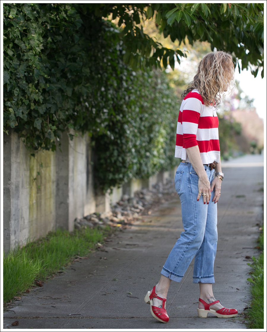 Blog Marley Striped Crop Sweater Levis 505 Sven Lacy Clogs-4