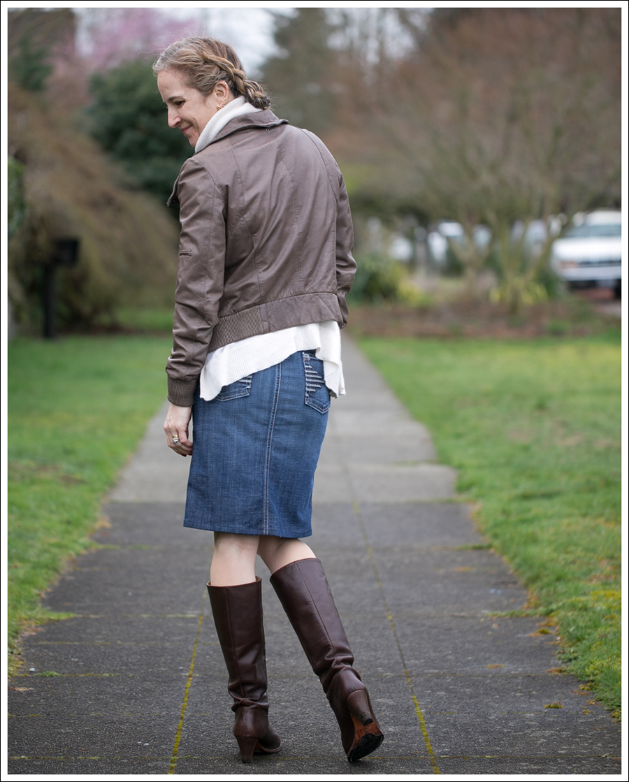 Blog Muubaa 360 Cashmere 7FAM Pencil Skirt Frye Knee Boots-3