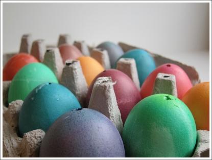 making an easter egg tree blog (8)