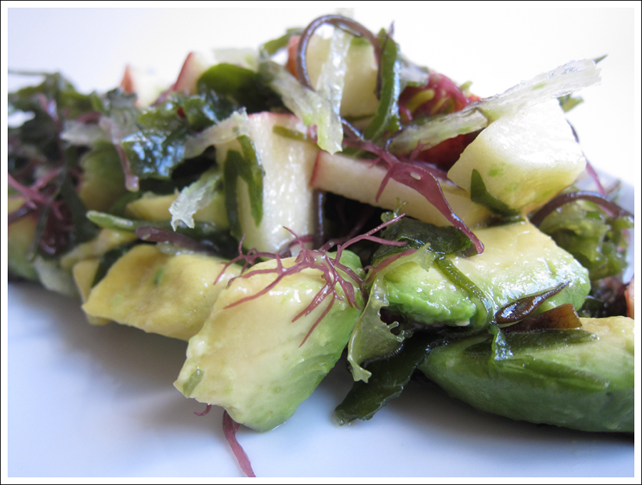 avocado and apple seaweed salad blog (1)