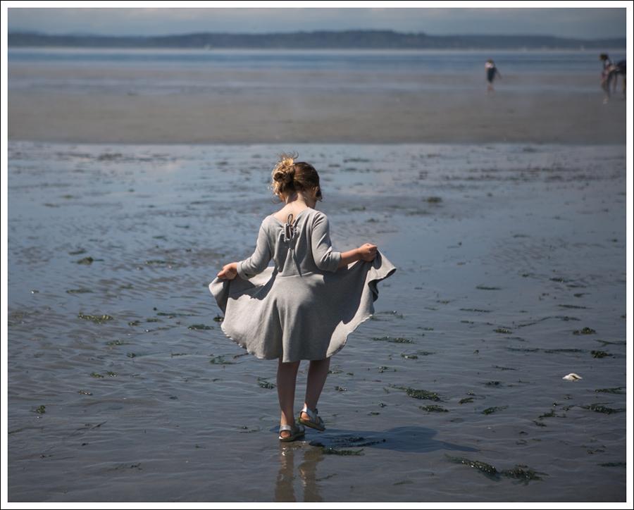 Blog Crew and Lu Cloud Grey Everyday Dress Salt Water Sandals -1