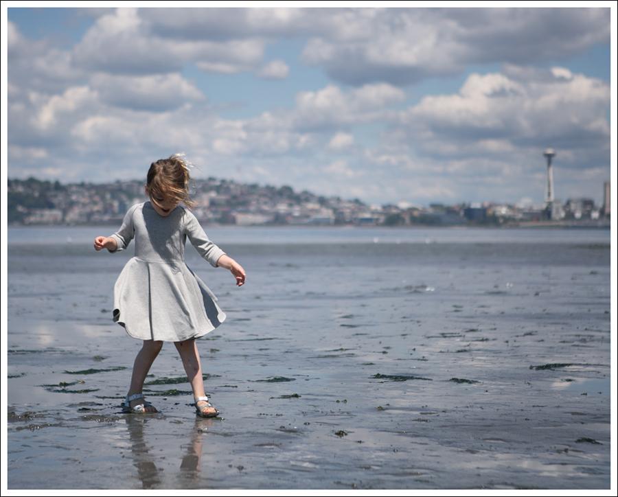 Blog Crew and Lu Cloud Grey Everyday Dress Salt Water Sandals -4