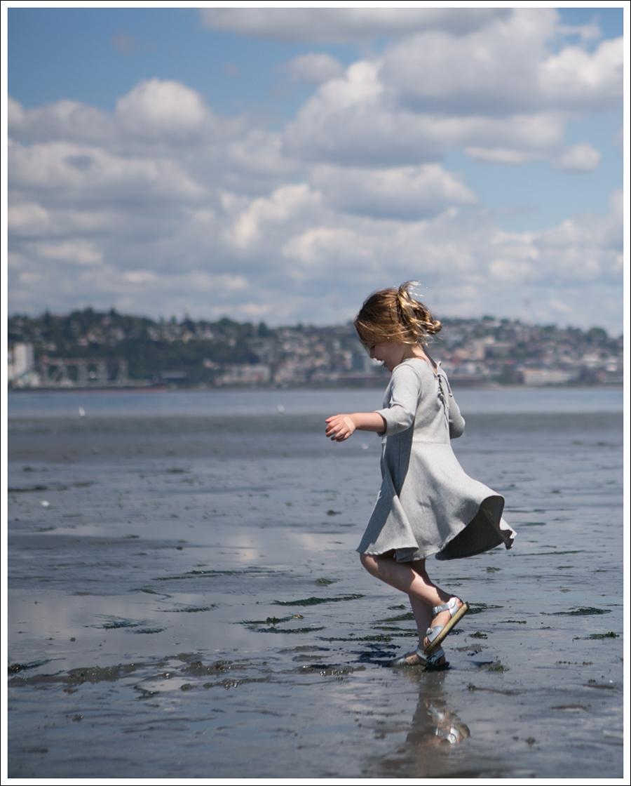 Blog Crew and Lu Cloud Grey Everyday Dress Salt Water Sandals -5